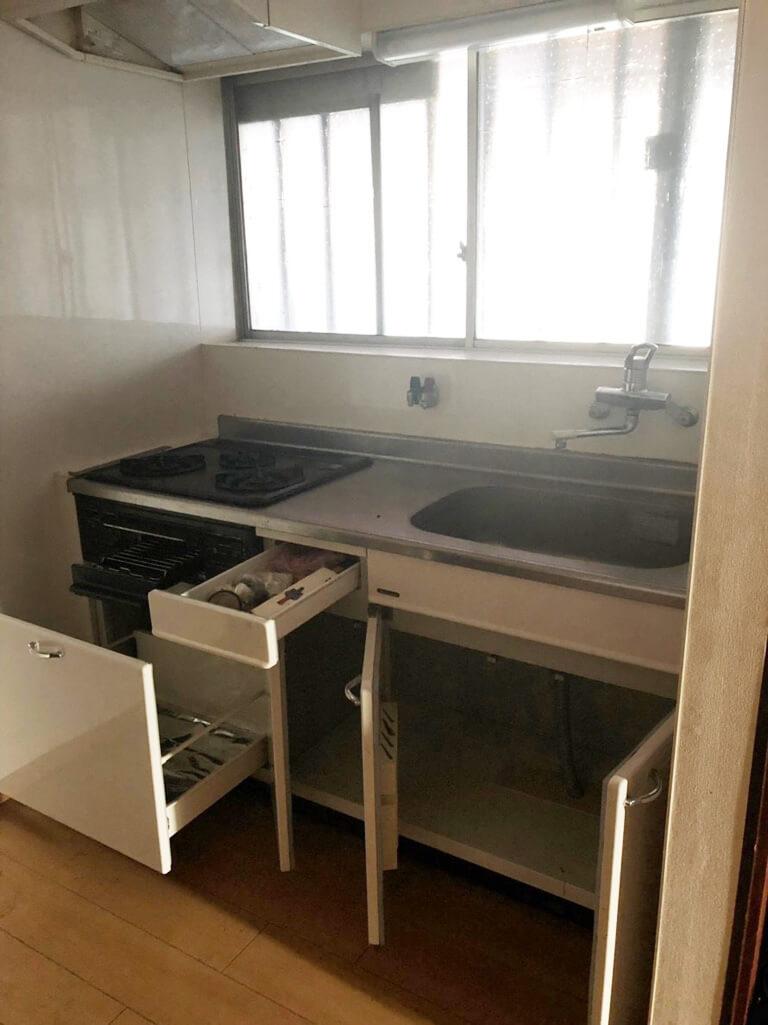 昭島 再建築不可の家 室内キッチン