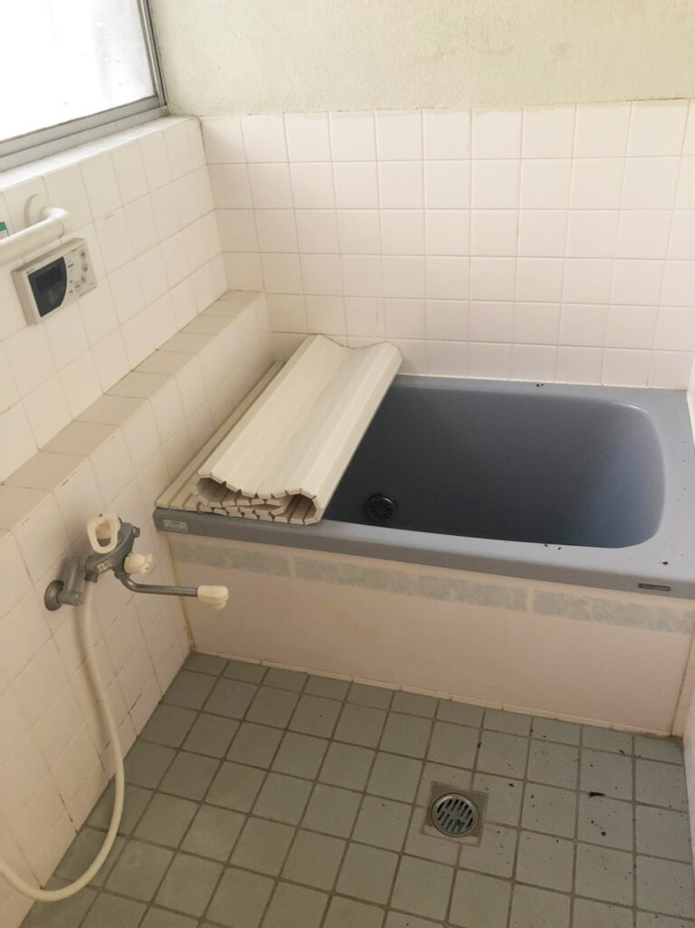 昭島 再建築不可の家 室内浴室