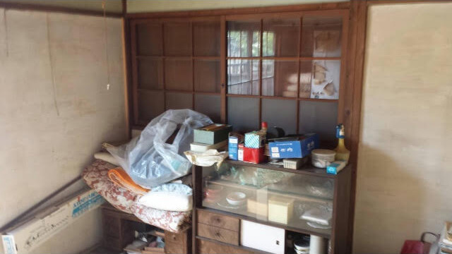 成田東 ゴミの家 再建築不可の家 残置物