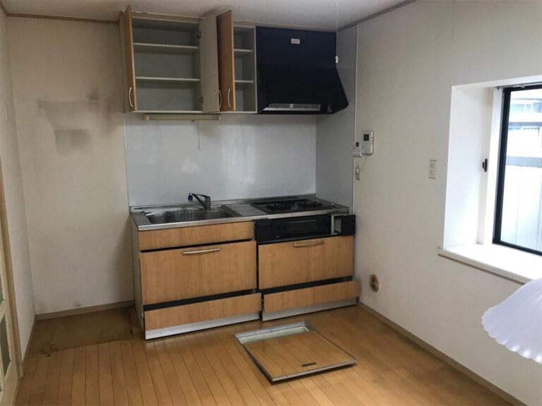 くぬぎ山 再建築不可の家 キッチンリノベーション前