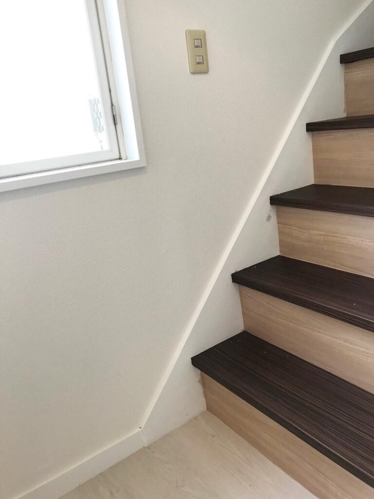 終活不動産 リノベーションの家 桜 リフォーム後 階段