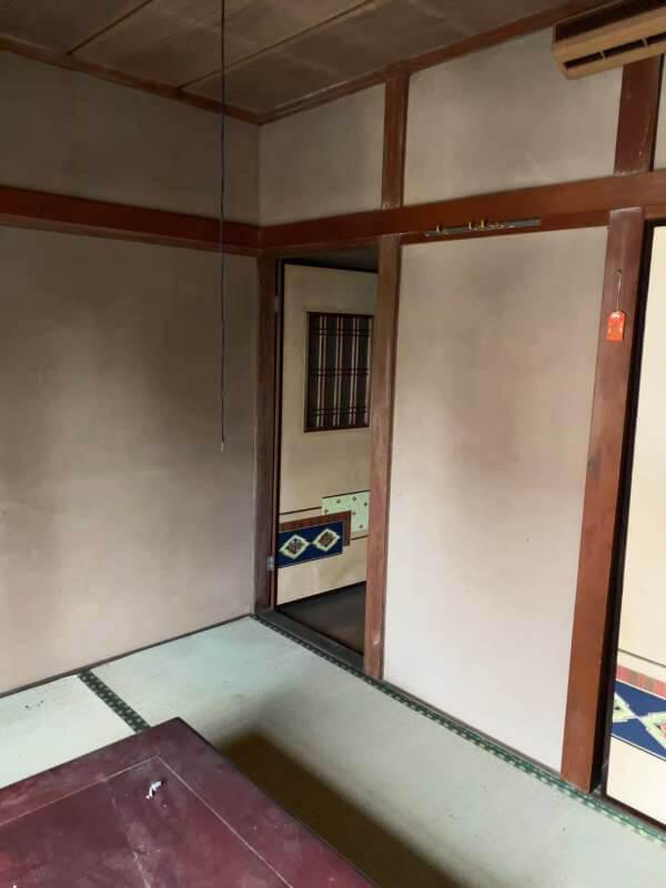 室内 国立市谷保 室内ボロボロ・雨漏り・連棟の家