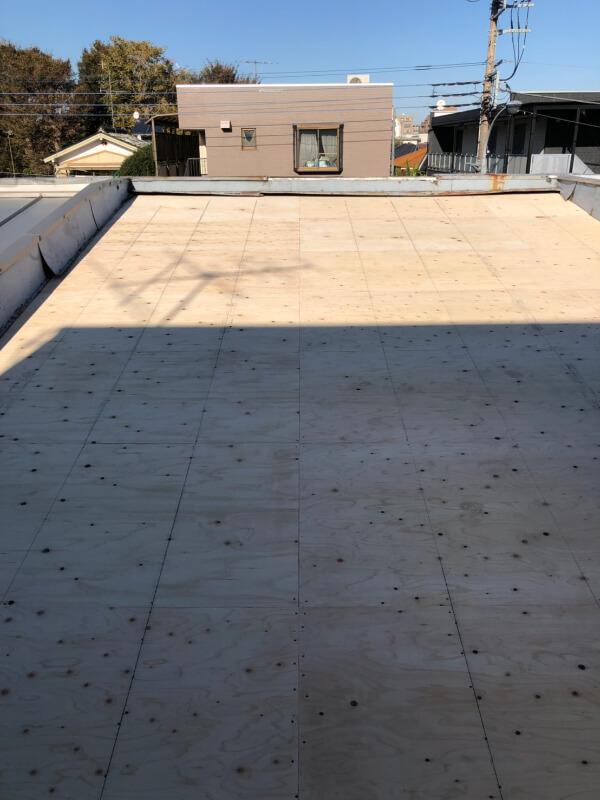 屋根施工中下地 国立市谷保 室内ボロボロ・雨漏り・連棟の家