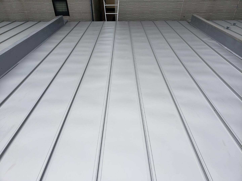 屋根完了 国立市谷保 室内ボロボロ・雨漏り・連棟の家